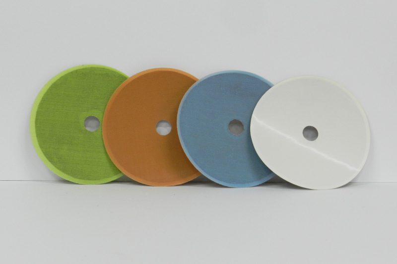 Polishing and sanding discs